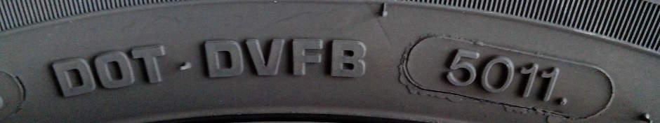 DOT-Nummer an der Reifenflanke
