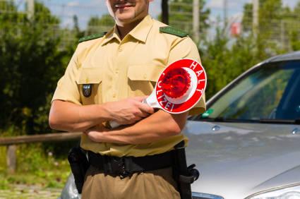 Fahrzeugkontrolle im Straßenverkehr