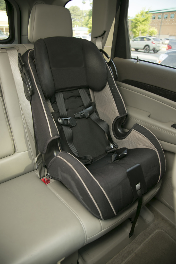 Keeping children safe in a car accident