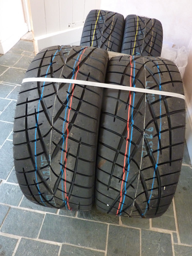 What you should know about mixing tyres on your vehicle