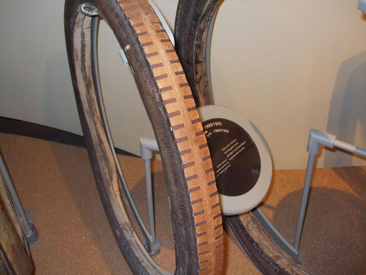 Tyre/rim protectors