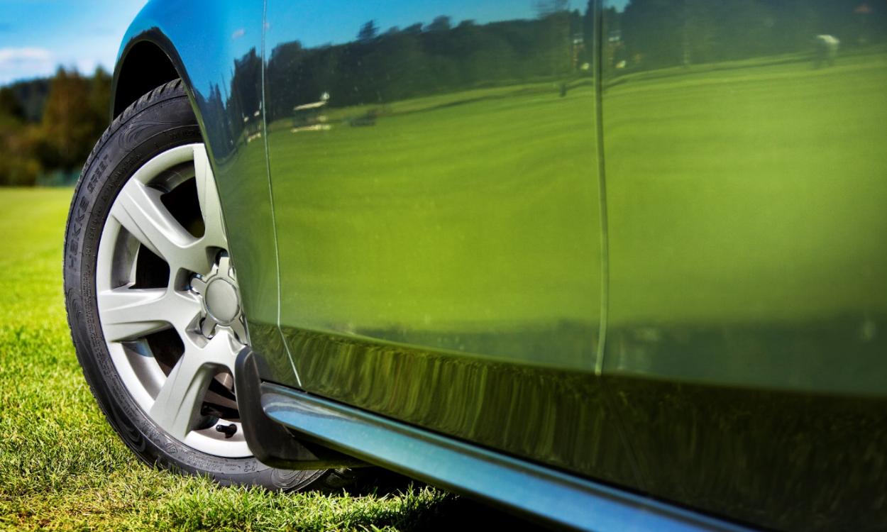 Por qué es mejor comprar neumaticos premium para tu coche