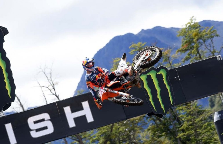 No rivals for Jorge Prado in the MX2 class