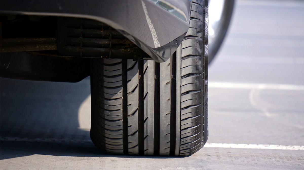 Како да ги одберете вистинските гуми за вашето возило