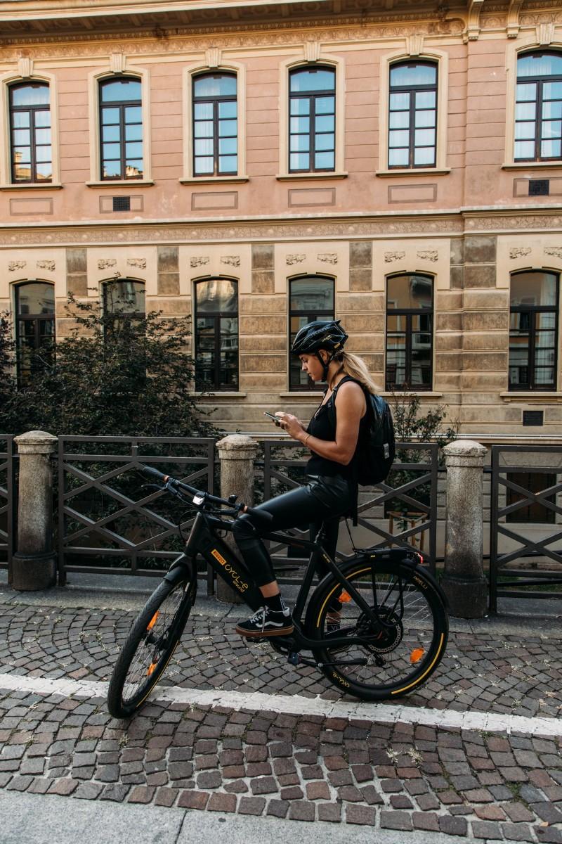 La nuova esperienza targata Pirelli CYCL-e around e Bike & The City al via durante Milano Bike City