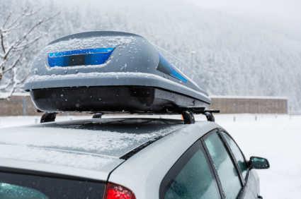 Bei Dachboxen auf Zuladungsgrenze und Volumen achten | Reifen.de