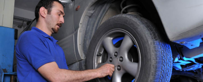 Fachgerechte Reifenreparatur: So geht's! | Reifen.de