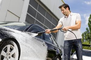 Auto waschen und dabei den Lack schützen – So geht's