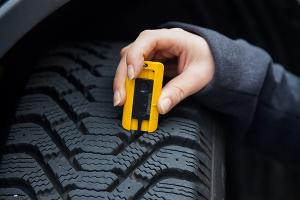 How long do you use a single tyre? And how do you know its age?