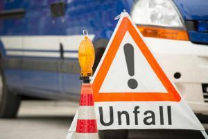Zahl der Verkehrstoten bei Autounfällen weiter rückläufig