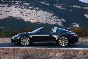 Neuauflage des Porsche 911 Targa: Moderner Sportwagen im klassischen Gewand
