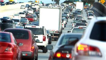 Verkehrsinfo 2012: Das Autojahr in Zahlen und Fakten