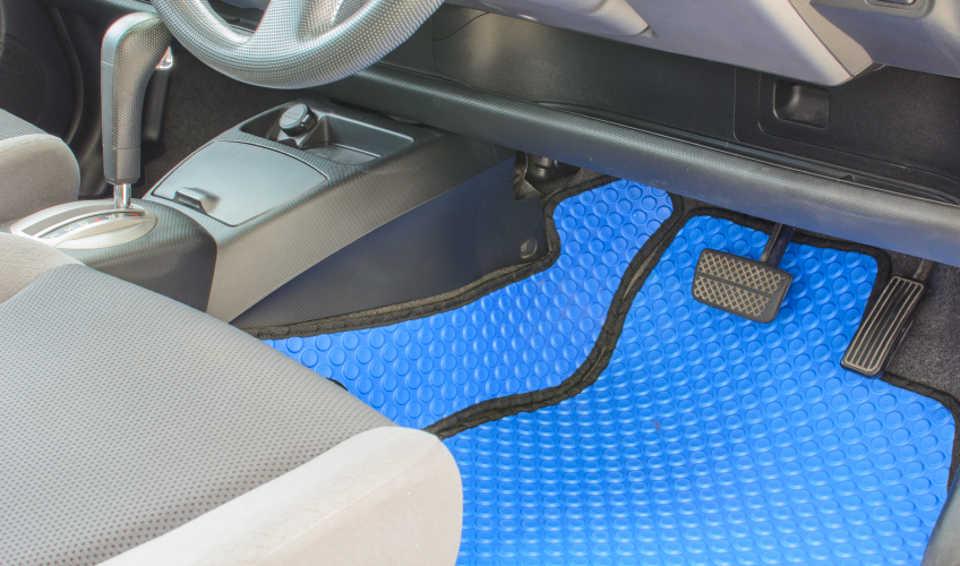 Blaue Fußmatten