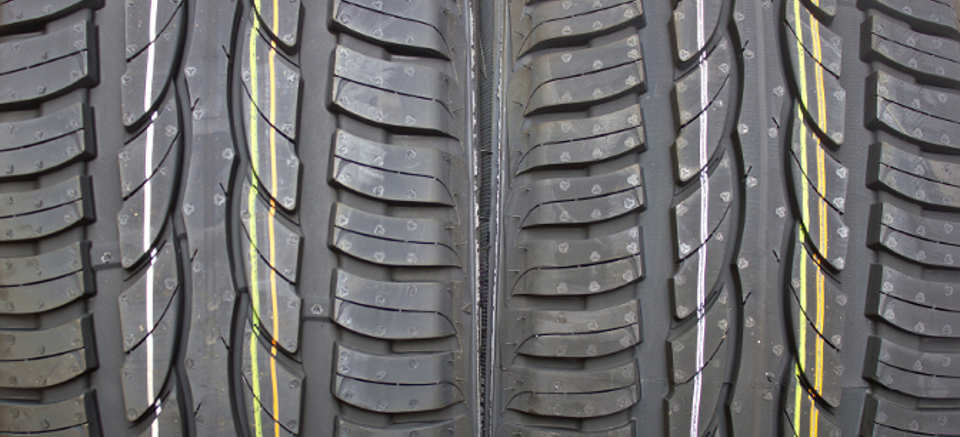The profile summer tyres specifically designed for driving of both wet and dry track. The rubber compound also keeps higher temperatures. © iStockphoto.com / xbrchx